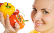 Women May Reduce Cataract Risk with Healthy Diet, Study Says